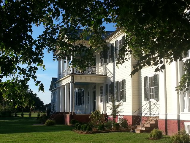 Paranormal Ghost Hunt and Investigations at Belle Grove Plantation Bed and Breakfast in King George Port Conway Virginia